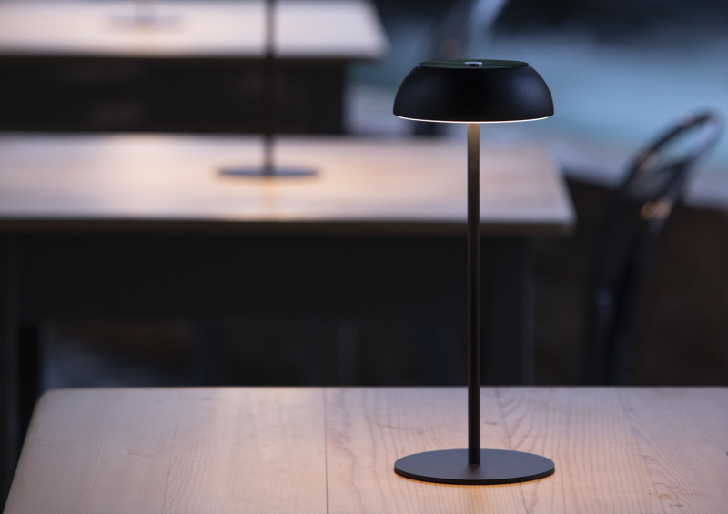 Wireless designer table lamps